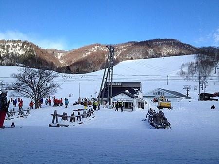 長野へスノボーしに行ってきました。
